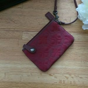 [ Coach ] burgundy wristlet